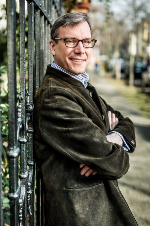 Dr. Carsten J. Angersbach